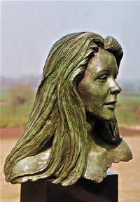 Zara commissioned bronze bust by Laurence Broderick